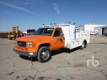 1995 GMC 3500 Fuel & Lube Truck
