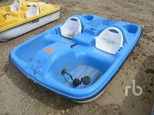 PELICAN Paddle Boat Marine
