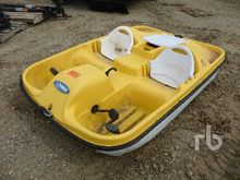 PELICAN DAMX Paddle Boat Marine