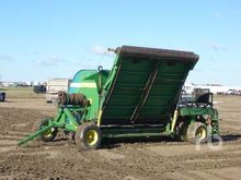 CUSTOMBUILT 9 Ft Hyd Silage Bag