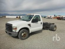 2008 FORD F350 XL Cab & Chassis