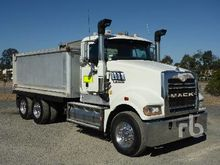 2008 MACK CMHR 6x4 Tipper Truck