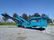 2001 POWERSCREEN CHIEFTAIN 1800