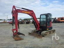 2010 BOBCAT E60 Midi Excavator