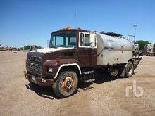 1990 MACK CM422 2141 Gallon S/A