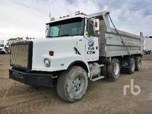 1994 VOLVO/WHITEGMC Dump Truck