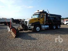 2013 CATERPILLAR CT660S 6x4 Plo