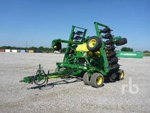 JOHN DEERE 1990CCS 30 Ft Air Se