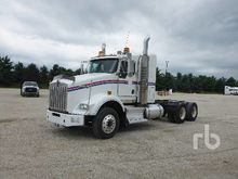 2009 KENWORTH T800 T/A Sleeper