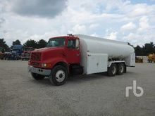2001 INTERNATIONAL 9400 Fuel &