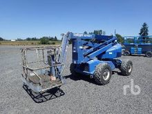 2000 UPRIGHT AB46 4x4 Boom Lift
