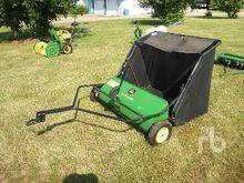 JOHN DEERE TBH Lawn Sweeper Lan