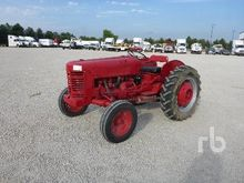 INTERNATIONAL 300 2WD Tractor