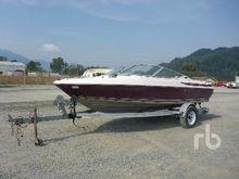 1998 MAXUM 17 Ft Boat