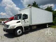 2009 HINO 268 COE Van Truck