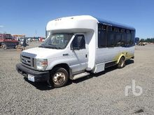 2008 FORD E450 12 Passenger Bus