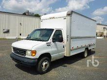 2005 FORD E350 Van Truck