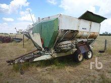 MIXER-FEEDER 850 T/A Feed Wagon