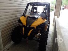 2014 CAN AM 1000R 4x4 ATV (< 95