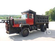 1984 MACK RM6854X 4x4 Dump Truc