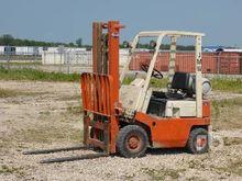 DATSUN F01A10V 2000lb Forklifts