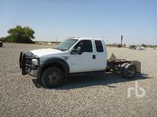 2006 FORD F550 XL Cab & Chassis
