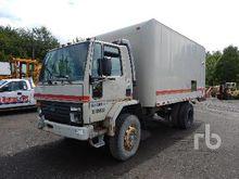 1989 FORD CF7000 COE S/A Van Tr