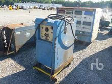 1975 MILLER 330A Electric Welde