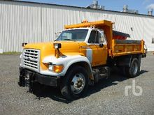 1998 FORD F800 Dump Truck (S/A)