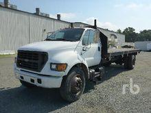 2000 FORD F650 Flatbed Trucks