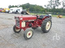 IH 384 2WD Tractor
