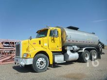 2000 PETERBILT 385 3500 Gallon