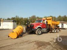 2015 MACK GU433 T/A Plow/Sander
