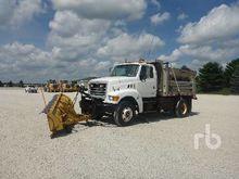 2002 STERLING L8500 Plow Truck