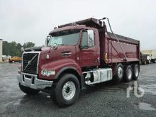 2016 VOLVO VHD84F Dump Truck (T