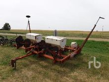 ALLIS CHALMERS 4 Row 36 In. Pla