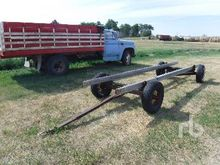 CUSTOMBUILT 44 In. Bale Wagon