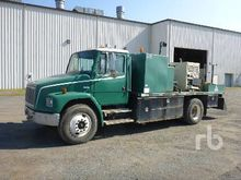 2001 FREIGHTLINER FL70 S/A Fuel