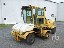 2003 BROCE BB350 Broom
