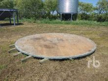 14 Ft Wood Grain Bin
