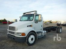 2005 STERLING ACTERRA S/A Cab &