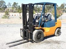 TOYOTA 02-7FD30 3 Ton Forklifts