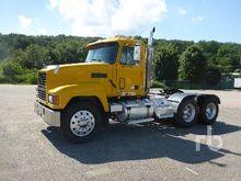 2000 MACK CH613 Truck Tractor (