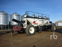 2015 BOURGAULT 7700 Tow-Behind