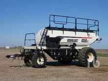 2010 BOURGAULT 6550ST Tow-Behin