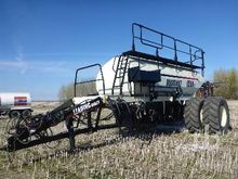 2009 BOURGAULT 6550ST Tow-Betwe