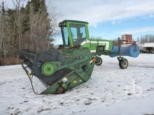 1986 CCIL 722 26 Ft Swather