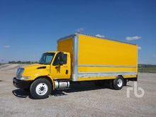 2011 INTERNATIONAL 4300 S/A Van