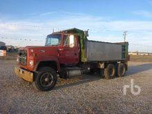 1993 FORD LT8000 Dump Truck (T/