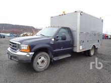 2000 FORD F550 Fuel & Lube Truc
